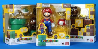 Super Mario & Both Diorama Sets In Package