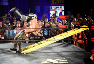 Hardy getting acquainted with the ladder