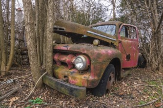 Abandoned Truck, abandoned, abandoned photography, abandoned places, creepy, decay, derelict, Freaktography, haunted, haunted places, photography, urban exploration, urban exploration photography, urban explorer, urban exploring