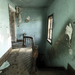 An abandoned ontario house with scratches on the walls