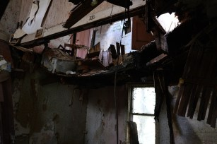 Abandoned Antique House (10)