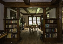 Another abandoned time capsule house in Ontario with all previous owners belongings still in place. Here is a bookshelf and dining room