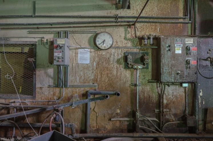Freaktography, abandoned photography, abandoned places, decay, derelict, freaktography.ca, freaktography.com, ontario, photography, urban exploration, urban exploration photography, urban exploring, urban exploring photography, urbex