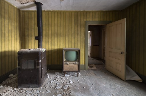 Freaktography, abandoned, abandoned photography, abandoned places, antique television, creepy, crumble, decay, derelict, door, furnace, haunted, haunted places, heater, photography, rule of thirds, television, tv, urban exploration, urban exploration photography, urban explorer, urban exploring, wallpaper, yellow