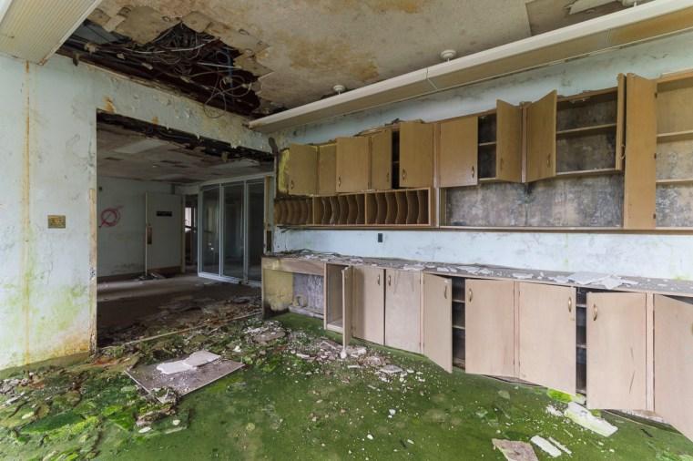 Freaktography, abandoned, abandoned photography, abandoned places, creepy, decay, derelict, haunted, haunted places, jekyll and hyde, photography, urban exploration, urban exploration photography, urban explorer, urban exploring