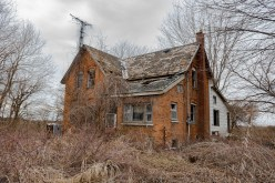 Abandoned Houses, Photography, URBAN EXPLORATION, abandoned, abandoned house, abandoned ontario house, abandoned photography, abandoned places, creepy, decay, derelict, freaktography, haunted, haunted places, urban exploration photography, urban explorer, urban exploring