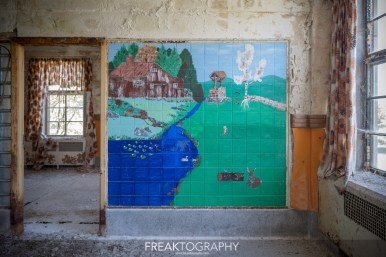 Urban Exploring The Abandoned St Thomas Psychiatric Hospital