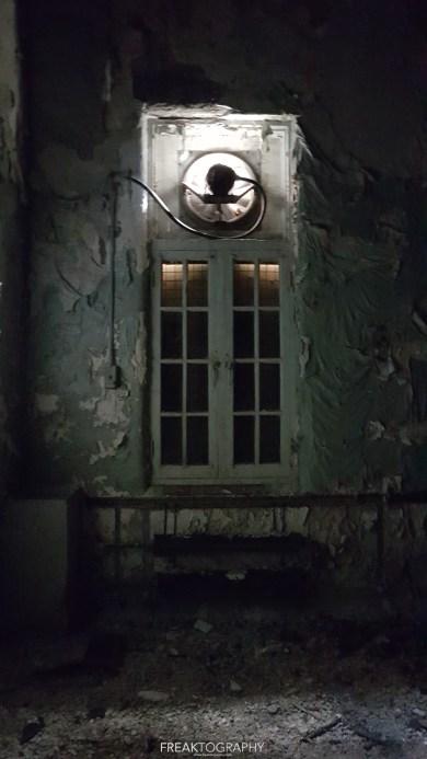 Abandoned Century Manor Hamilton Ontario-2.jpg
