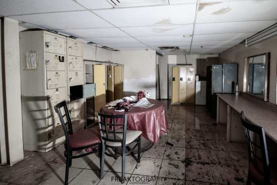 abandoned caddys strip club