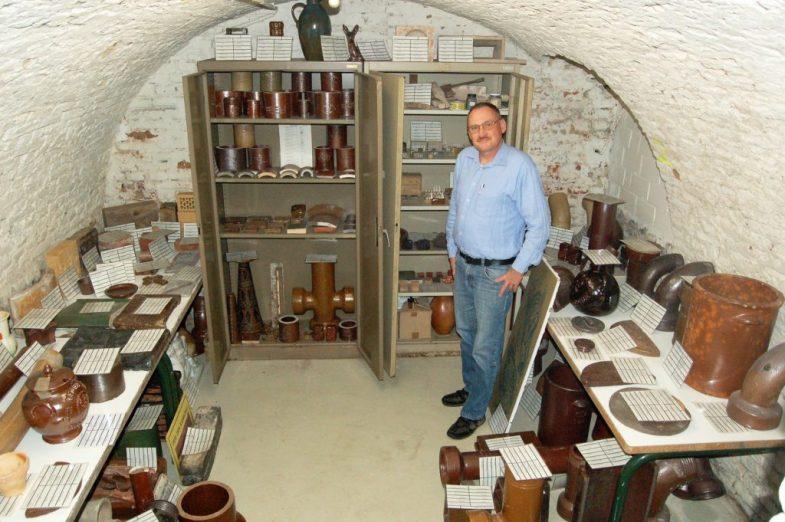 Steinzeug der Sammlung von Bernd Mayerhofer