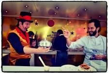 Aux fourneaux, un duo chef-magicien formé par Yoni Saada et Fred Ericksen en 2014