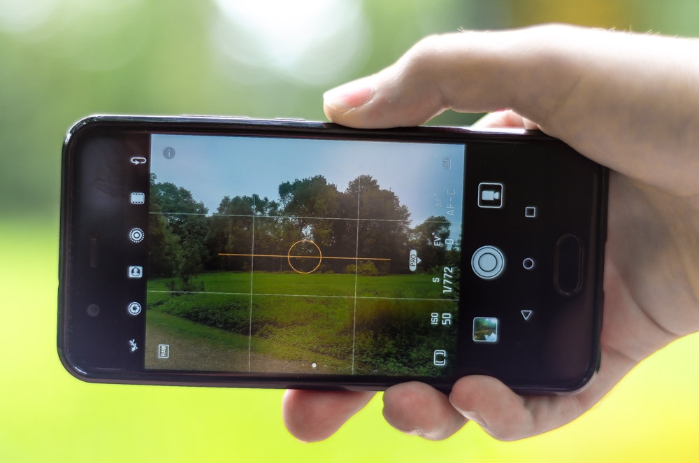 rule of thirds grid on your smartphone