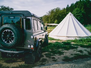 landrover and tipi
