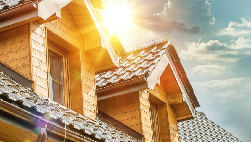 Maximize the value of your building by practicing proper summer roofing tips