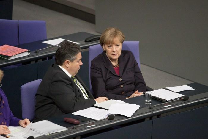 BK'in Merkel und BM Gabriel im Bundestag