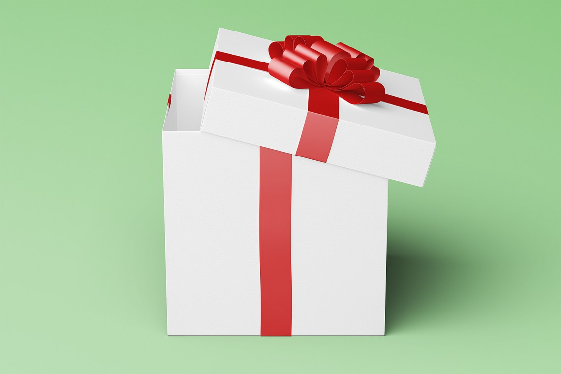 Download Square Gift Box Package Mock-Up | Free Mockup