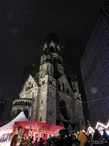 Berlínské dobrodružství: Breitscheidplatz - Pamětní kostel císaře Viléma