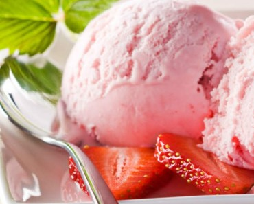 Strawberry Ice Cream Balls