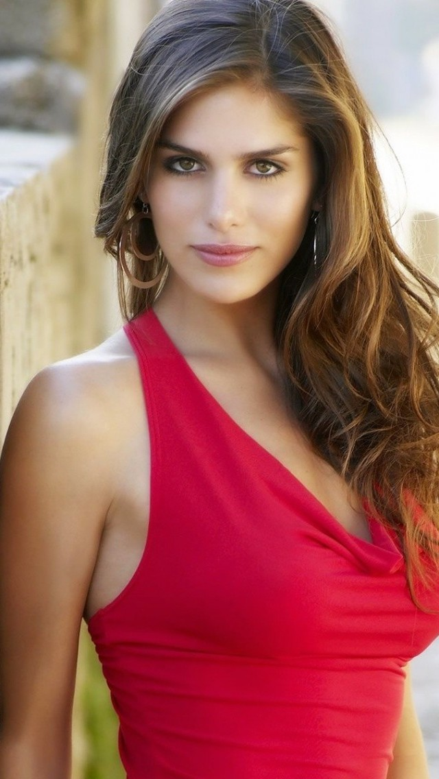 Picture of Anahi Gonzales  |Anahi Gonzales 2013