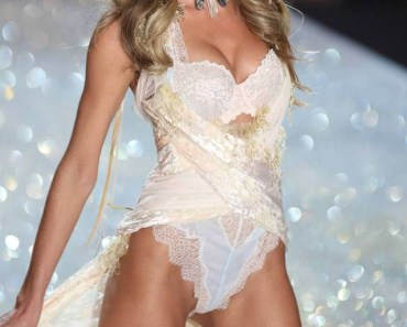 Candice Swanepoel At Victoria's Secret 2013 Fashion Show