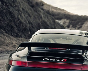 Porsche 911 Carrera 4S Black
