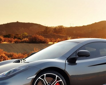 McLaren MP4 12C Supercar