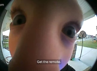 Kid Figures Out Smart Way To Ask Dad How To Turn On TV