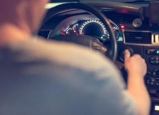 Man Chokes Out Driver Who Won't Stop Singing Christmas Carols