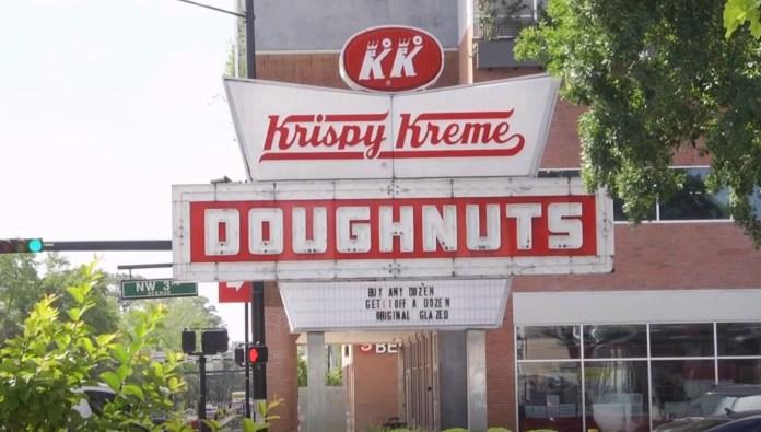 Krispy Kreme Employee Stabs Coworker's Boyfriend Over Donut Debate