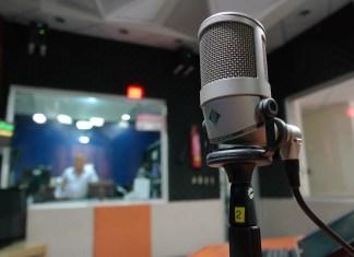 BBC News Radio Correspondent Doesn't Know How To Read 'Boyz II Men'