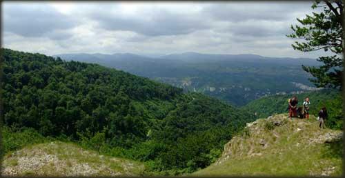Vidikovac u blizini Velikog Malinika - pogled ka Lazarevom kanjonu