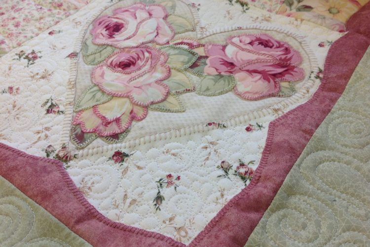 Sweet Heart Applique Custom Quilt