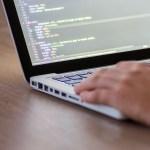 Ventajas y desventajas de trabajar como programador en una empresa