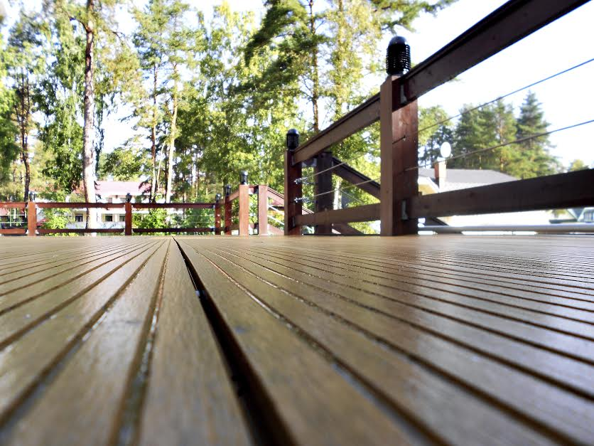 Why Should I Hire A Professional Deck Installer? - Freedom Fence ...