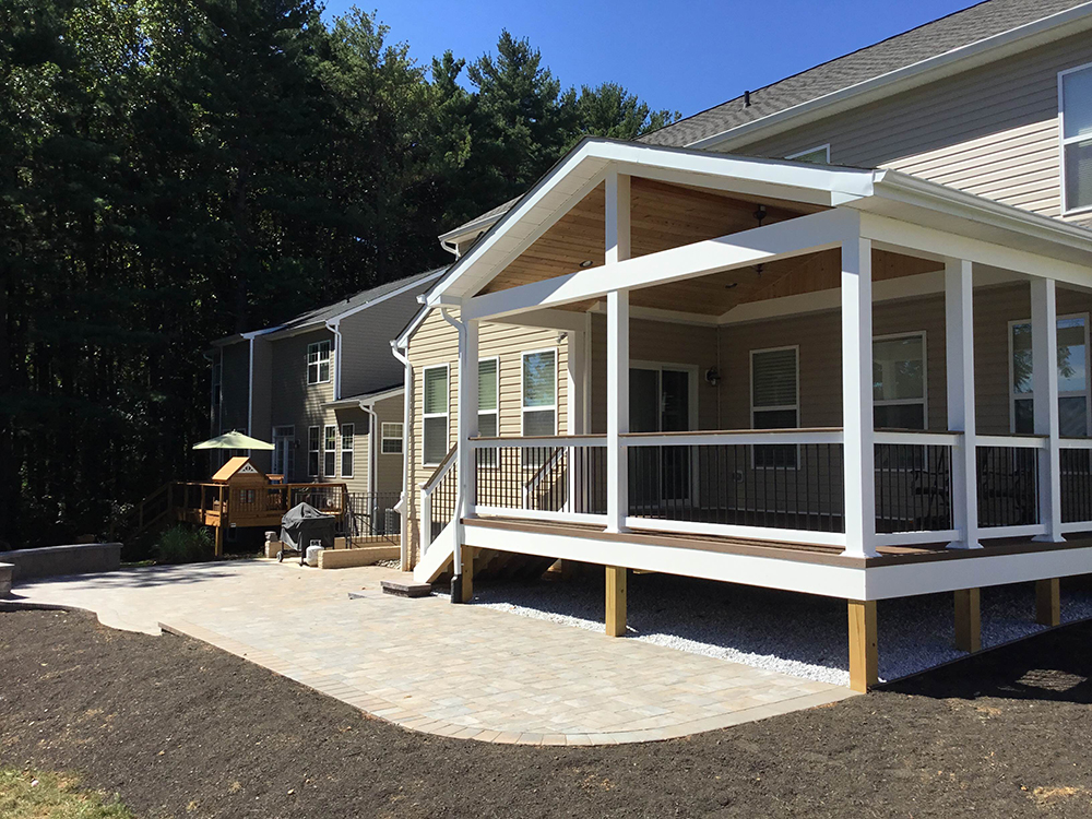 Screened Porches - Freedom Fence & Deck