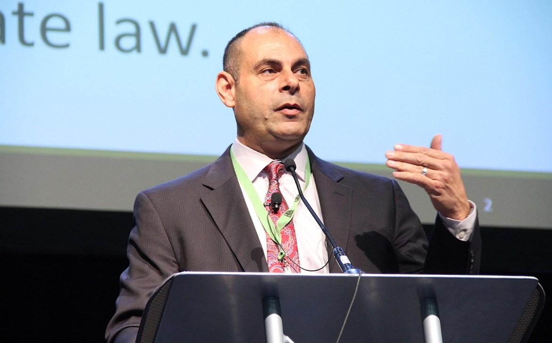 Ed Messina de la Agencia de Protección Ambiental de EE. UU. Habla en la Cumbre de Cáñamo de PA