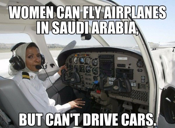 15-08-saudi-arabia-women-plane-car