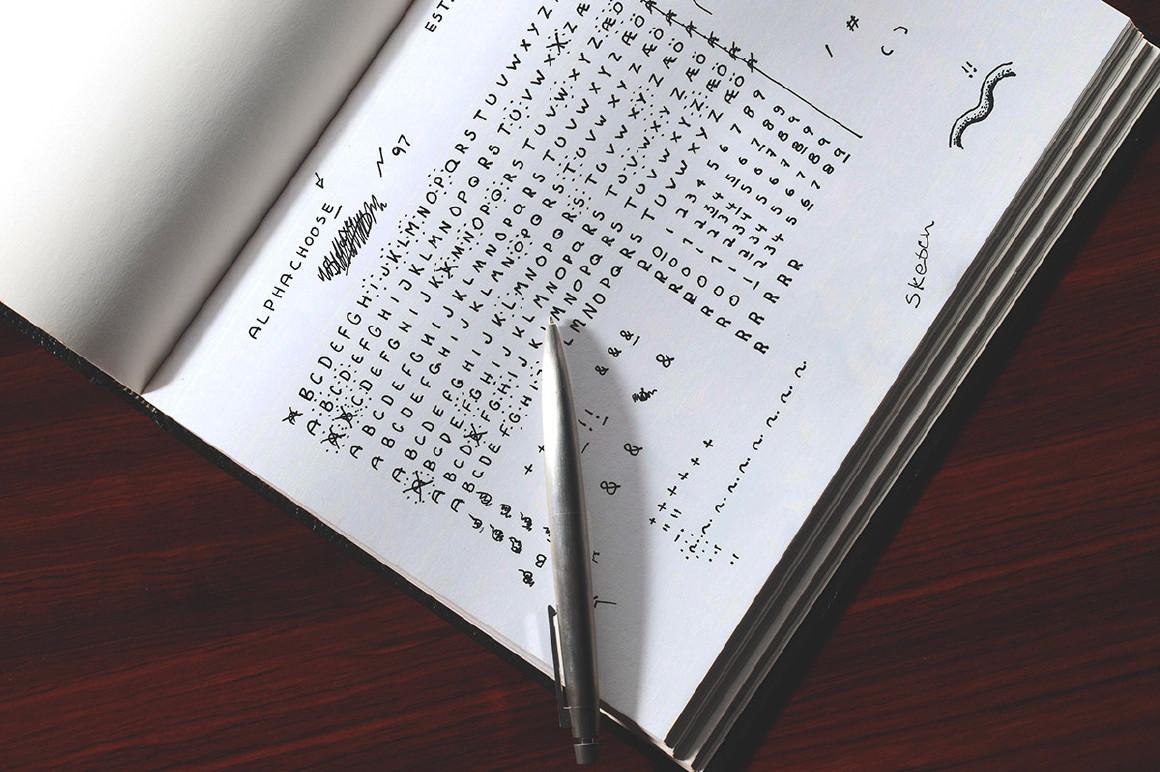 free-lomberman-display-hand-written-script-font2