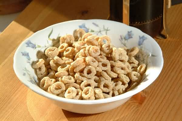 https://i1.wp.com/www.freefoto.com/images/09/04/09_04_2---Breakfast-Cereal_web.jpg