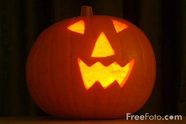 https://i1.wp.com/www.freefoto.com/images/11/39/11_39_2---Halloween-Pumpkin_web.jpg