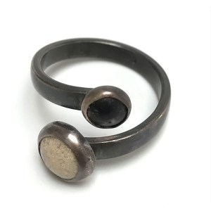 Black and White Sand Ring