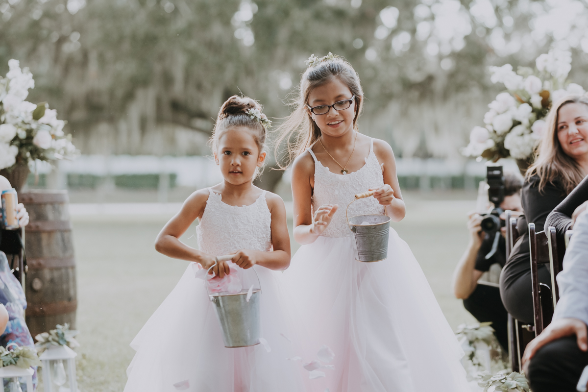 flower girls | pink tulle flower girl dresses | flower girl outfits | sarasota wedding