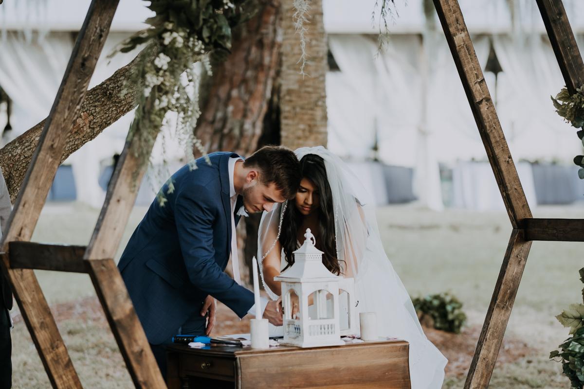 unity candle lighting | lighting the unity candle | wedding in sarasota florida