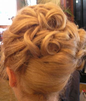 Chocolate Hair Make Up Amp Nails Hair And Beauty Salon In