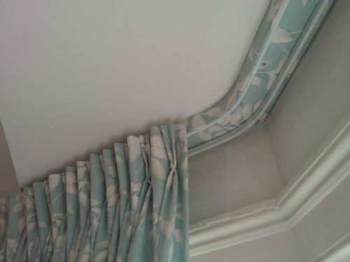 Professional Curtain Installations Curtain Fitter In South Croydon UK