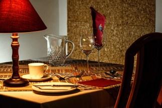 dinner-table-444434_1280