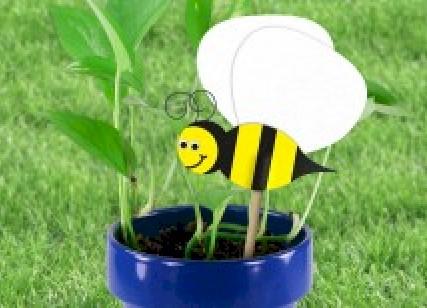Fun Bee Plant Poke