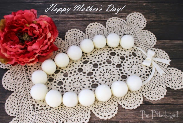 Image of Mothers Day Cake Pop Pearl Necklace