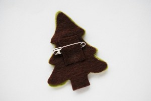 Image of Felt Christmas Tree Pin