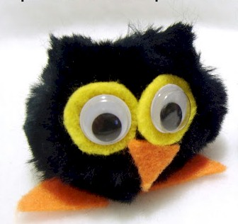 Easy pom pom owl for kids to make